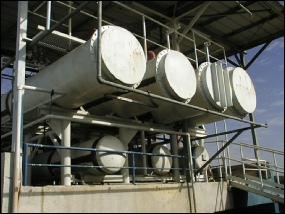 Ammonia plant heat exchangers